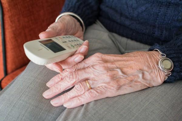 Auf Abstand den Kontakt halten – Das hilft Senioren nicht nur in Zeiten von Corona