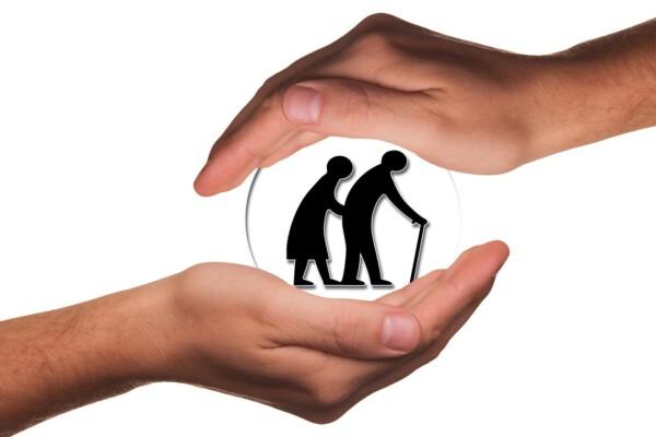 Im Alter plötzlich Pflegefall: Nützliche Tipps